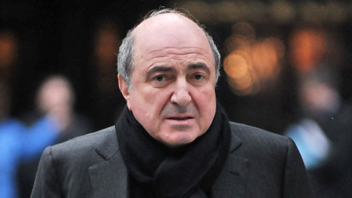 Russian tycoon Boris Berezovsky walks into the High Court in central London, on February 8, 2010. (AFP Photo / Carl de Souza)
