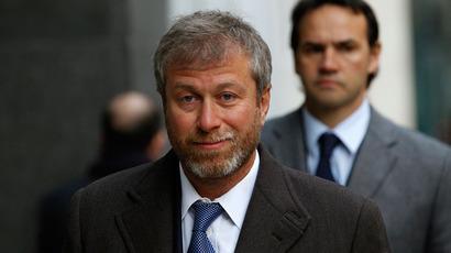 Mogul mailman: Did Abramovich give Berezovsky letter to Putin?