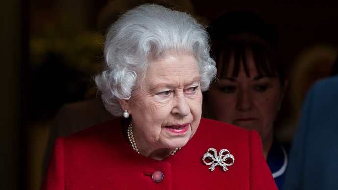 UK Queen gets £5m 'pay rise' as public cuts strike populace