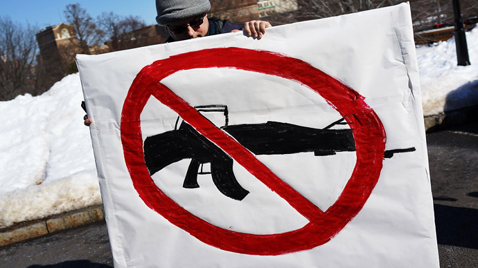 Connecticut governor signs tough gun control law