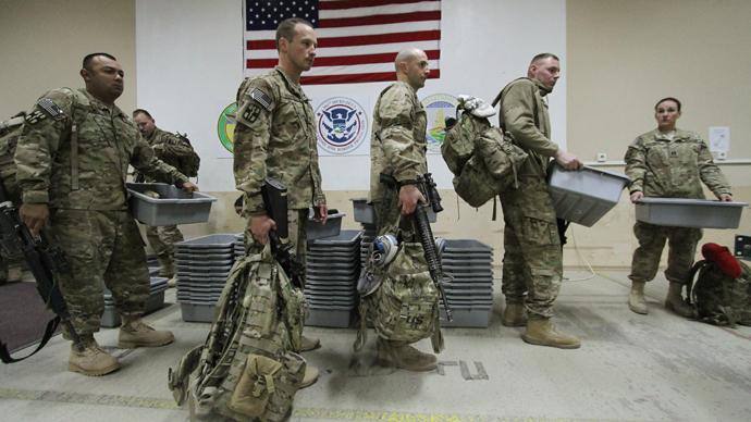 U.S. military medics in the Transit Center at the Manas U.S. Air Force base (RIA Novosti / Vladimir Pirogov)
