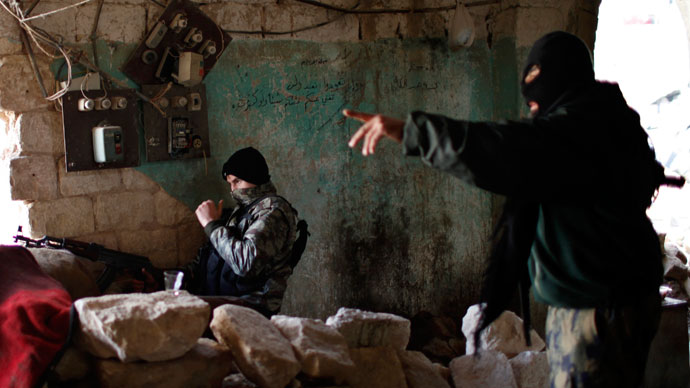 West aims to strengthen 'moderate' rebels, as Islamists take center stage in fight against Assad