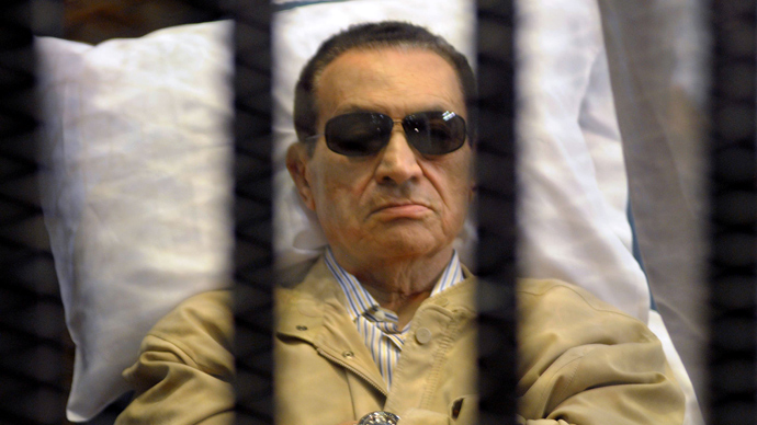 Judge recuses himself in Mubarak retrial, case adjourned indefinitely