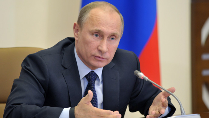 Putin announces stimulus amid recession anxiety