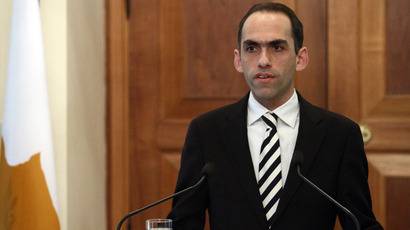 Cyprus' new Finance Minister Haris Georgiades speaks following a brief ceremony oath affirmation at the presidential palace in Nicosia on April 3, 2013 (AFP Photo)