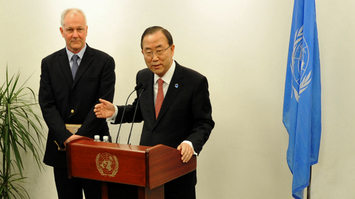United Nations Secretary General Ban Ki-Moon (right) speaks to the media with Ake Sellstrom (left), the head of the UN chemical weapons investigation team, before their meeting April 29, 2013 at UN headquarters in New York. (AFP Photo / Stan Honda)