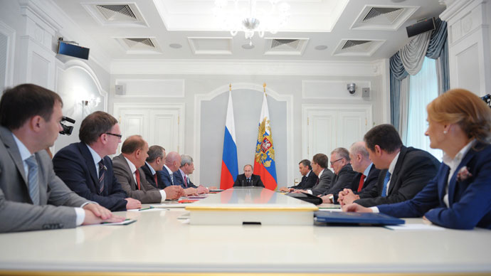 Putin against 'filters' for small parties in elections