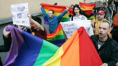 Britain's House of Commons votes to legalize gay marriage in England, Wales