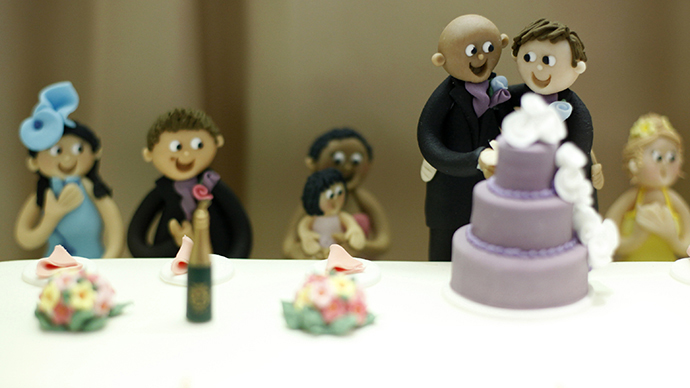 'Perfect political storm': Opposition deal saves floundering UK gay marriage bill