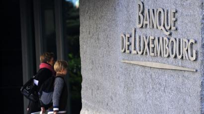 UK banks trim 189,000 jobs bringing employment to 9yr low