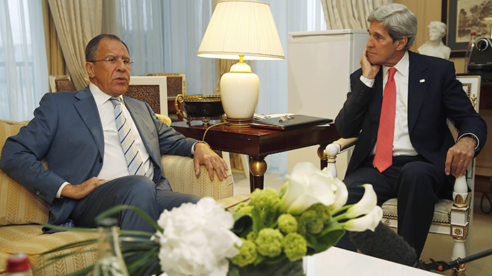 U.S. Secretary of State John Kerry (R) meets with Russian Foreign Minister Sergei Lavrov in Paris, May 27, 2013.  (Reuters / Jim Young)