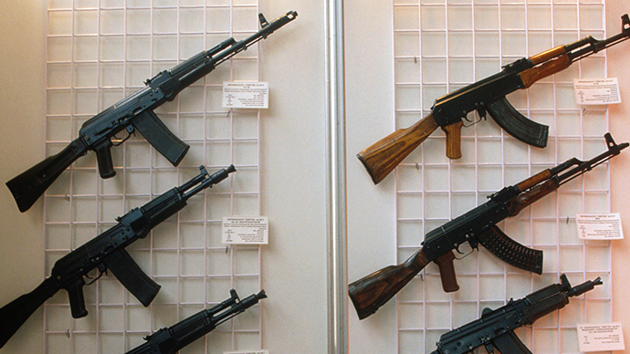 Kalashnikov gives brand name to the new arms maker for free