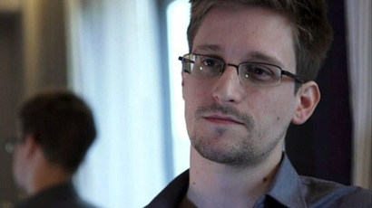 Snowden 'aiding our enemies,' former CIA chief of staff says