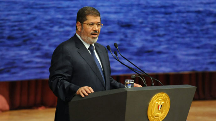 Morsi says Egypt cuts all ties with Damascus, calls for Syria no-fly zone