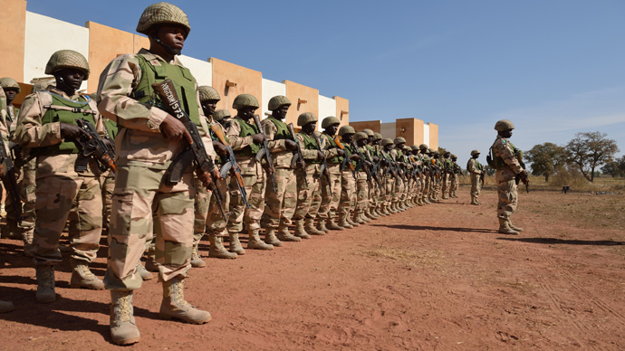 Nigerian soldiers on the 101st airbase in Bamako (AFP Photo / Eric Feferberg)