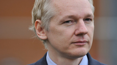 Ecuador looks to Hague court to resolve Assange stand-off