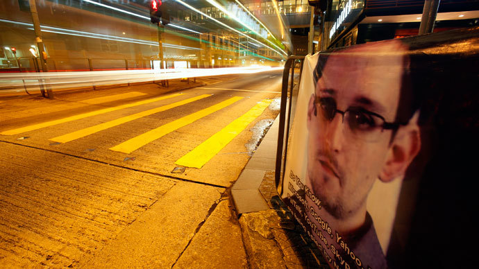'Unbowed' Snowden makes Moscow statement, releases list of countries contacted for asylum