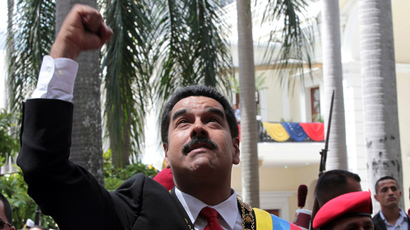 Venezuela's President Nicolas Maduro greets supporters as he arrives for a national assembly in Caracas to attend an Independence day ceremony in this July 5, 2013 handout from Miraflores Palace (Reuters / Miraflores Palace)