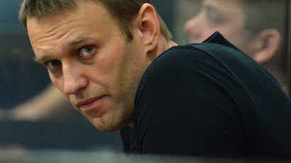 Navalny caves in to freemasons, renames party