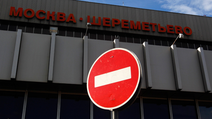 A traffic sign is seen outside Sheremetyevo airport in Moscow (Reuters / Maxim Shemetov)