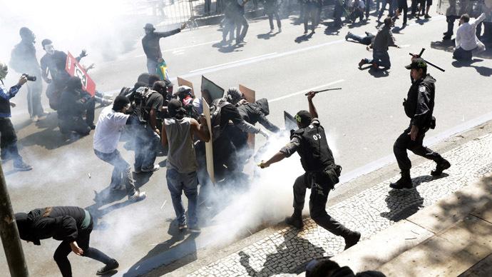 'Sept 7 Op': Brazil protests turn violent as police fire ...