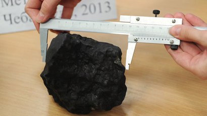 Huge half-ton chunk of Russian meteorite lifted from lakebed (VIDEO)