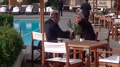 Russian Foreign Minister Sergey Lavrov talking to US Secretary of State John Kerry in Geneva, Switzerland, on September 14, 2014 (Image by Russia's Foreign Ministry press service: https://www.facebook.com/MIDRussia )