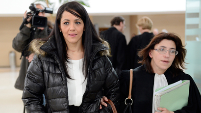 "Lawyer Gaelle Genoun (R) leaves Avignon's courthouse on December 19, 2012, with her client, Bouchra Bagour, the mother of a three-year old named Jihad who was born on September 11, who went on trial for sending him to school in a top with ""I am a bomb"" written on it (AFP Photo)"