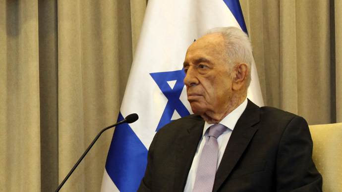 Israel to 'seriously' consider joining chemical weapons treaty – President Peres
