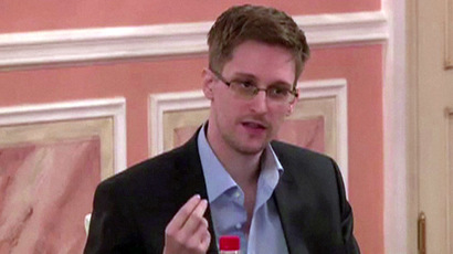 US, UK officials worry Snowden still has 'doomsday' collection of classified material