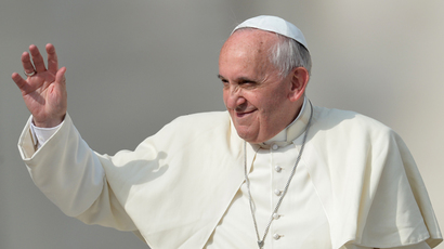 Report: Disguised Pope Francis sneaks out of Vatican for night charity patrols