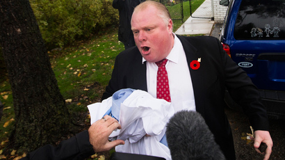 Toronto crack-smoking mayor Rob Ford missing after flying to US
