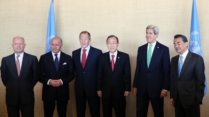 Secretary-General of the United Nations Ban Ki-moon (3R) and members of the P5+1 group  (Spencer Platt / Getty Images / AFP)