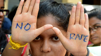 Protests in India after police try to forcibly cremate body of twice raped, burnt 16yo girl