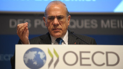 Organisation for Economic Co-operation and Development (OECD) Secretary General Angel Gurria delivers a speech during a press conference on November 19, 2013 to present the Economic Outlook at the OECD headquarters in Paris.( AFP Photo / Eric Piermont)