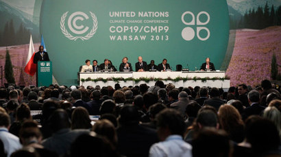 Delegates attend the Convention on Climate Change COP19 conference at the National Stadium in Warsaw November 19, 2013.(Reuters / Kacper Pempel)