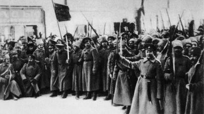 Soldiers of Volyn Regiment on Liteinty Avenue in Petrograd, 1917. (RIA Novosti)