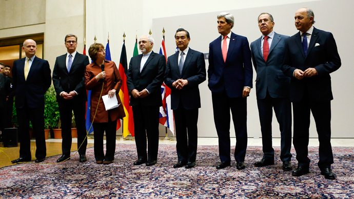 P5+1 and Iran agree landmark nuclear deal at Geneva talks