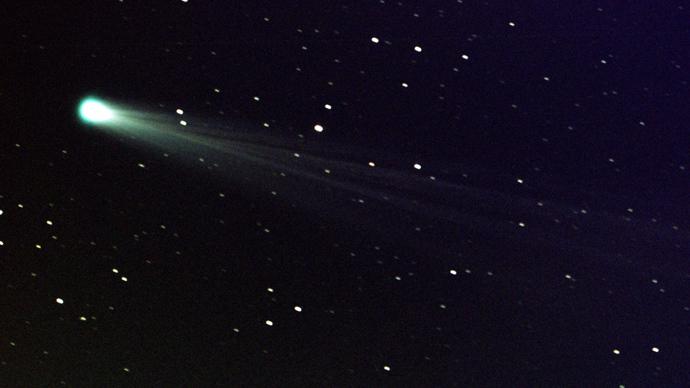 'Crazy, dynamic, unpredictable' comet ISON still glowing ...