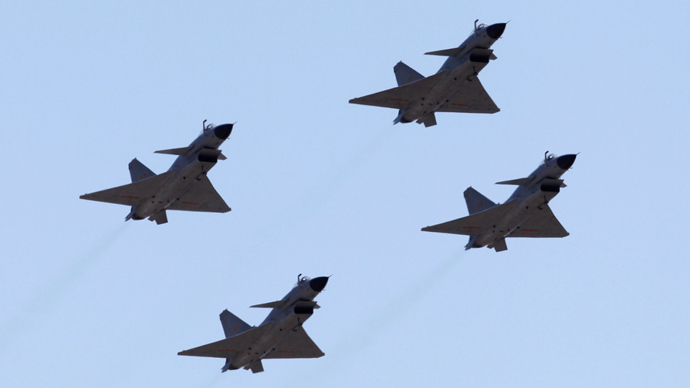 Jian-10 fighter jets of China Air Force (Reuters / Petar Kujundzic)