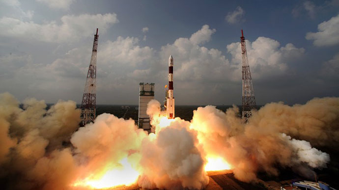 (FILES) This handout photograph released by the Indian Space Research Organisation (ISRO) on November 6, 2013, shows the PSLV-C25 rocket carrying the Mars Orbiter Spacecraft blasting off from the launch pad at Sriharikota on November 5, 2013. (AFP Photo / ISRO)