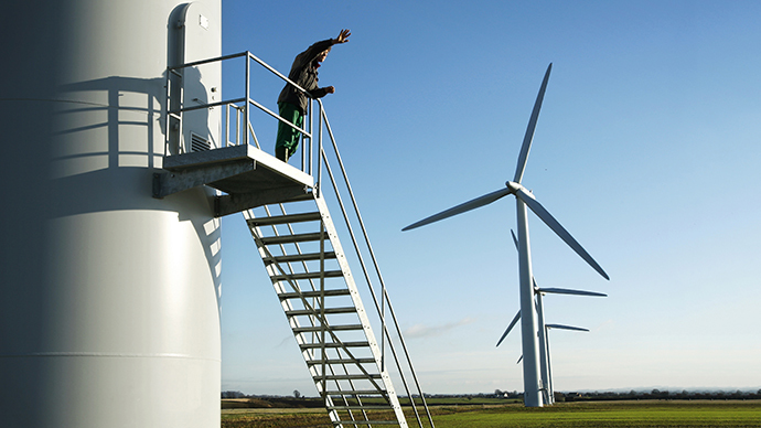 UK opposition to EU wide green energy target could risk half a million jobs – report