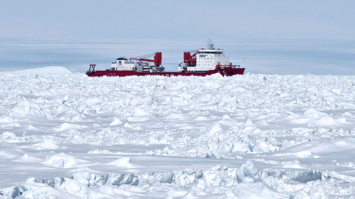 Chinese icebreaker stuck after Antarctic rescue?
