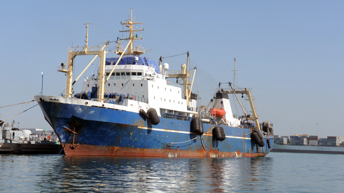 "Russian trawler ""Oleg Naydenov"" is moored in Dakar on January 5, 2014. (AFP Photo / Seyllou)"