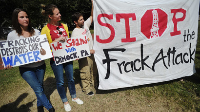 Anti-fracking protest rocks NY governor's state of the state address