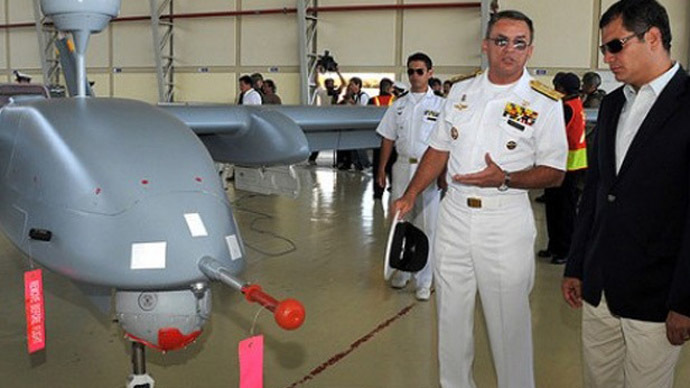 El Drone: Correa presents 'surprise' Ecuadorian UAV