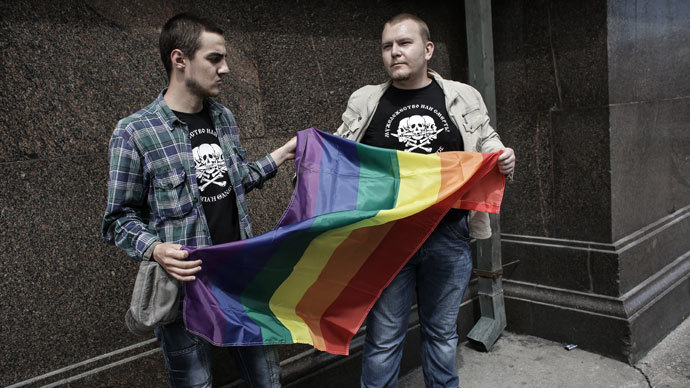 27 Nobel laureates urge Putin to repeal gay propaganda law