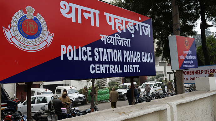 A sign for the Pahar Ganj Police station is seen in New Delhi on January 15, 2013, one day after a Danish tourist visiting India was allegedly raped on January 14. (AFP Photo / Sajjad Hussain)