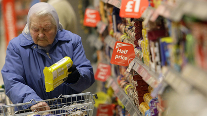 A customer shops at a Morrisons store in Welling, south east London (Reuters / Stefan Wermuth)