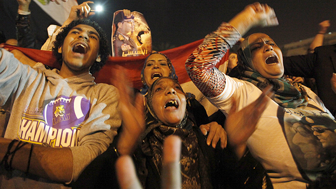 Supporters of Egypt's army chief and defense minister General Abdel Fattah al-Sisi celebrate the passing of a new constitution at Tahrir Square in Cairo January 18, 2014. (Reuters / Mohamed Abd El Ghany)